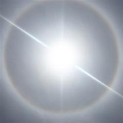 太陽の強い光